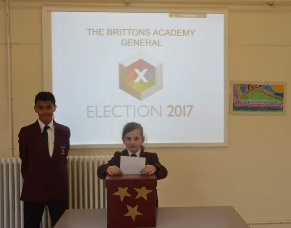 Aspiring politicians run mock election at Rainham academy to learn more about democracy