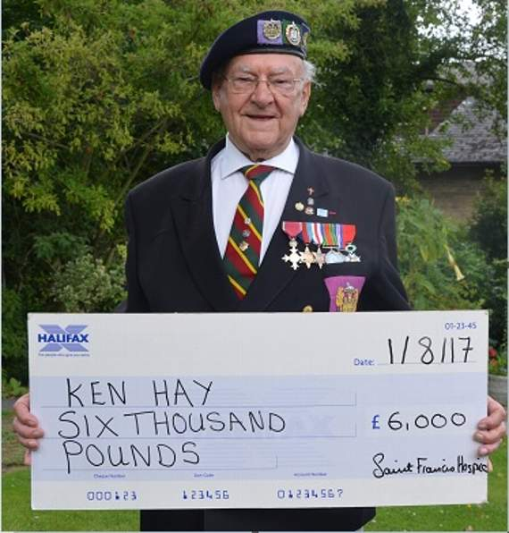 Normandy veteran from Upminster wins £6k day before becoming great-grandad